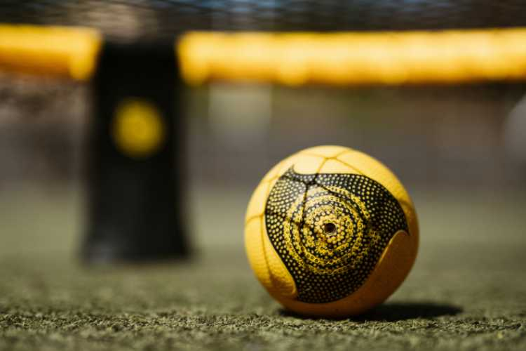 what is spikeball